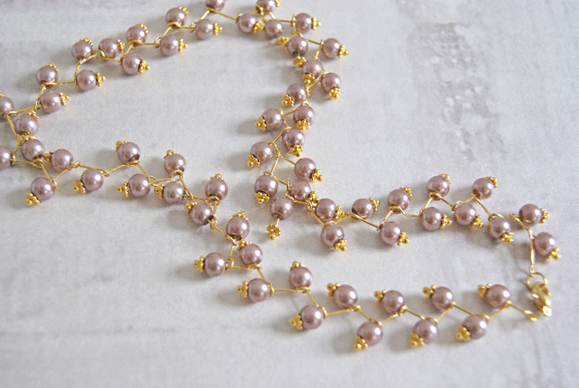 Delicate Taupe Pearl Necklace