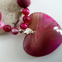 Fuschia Agate Pendant Necklace