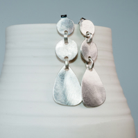 handmade ecosilver drop (dead gorgeous ;) earrings