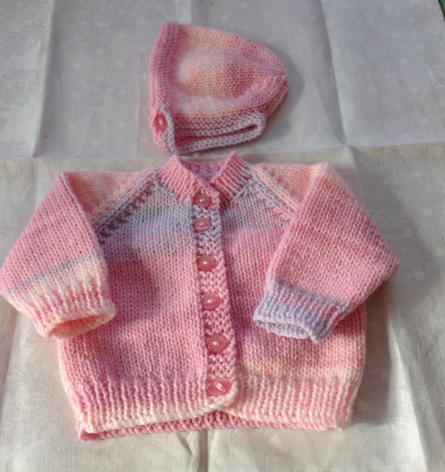 Hand knitted baby cardigan and bonnet - New baby - newborn