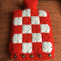Hot water bottle cover includes 2 litre hot water bottle