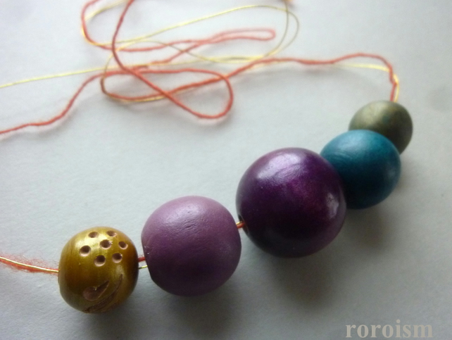 Trendy PURPLE and PEACOCK Blue wooden beads necklace