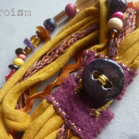 Curry and Rusty - textile beads ceramic brancelet