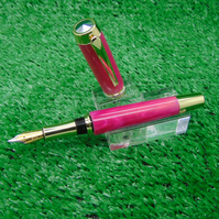 Hand made Acrylic Fountain Pen with presentation case
