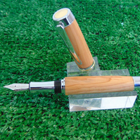 Hand crafted Fountain Pen in Welsh Yew with presentation box