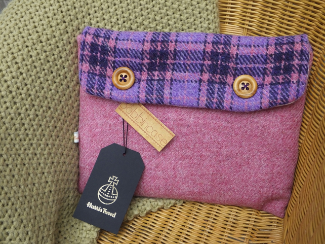 Harris Tweed tablet sleeve - book jacket - device case - protective sleeve -iPad