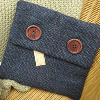 Tweed tablet sleeve - device case - book jacket - protective cover - iPad case