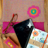 Harris Tweed tablet sleeve, storage pouch, protective sleeve, book cover
