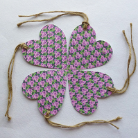 Gift tags - Hearts and flower design in pink and green.