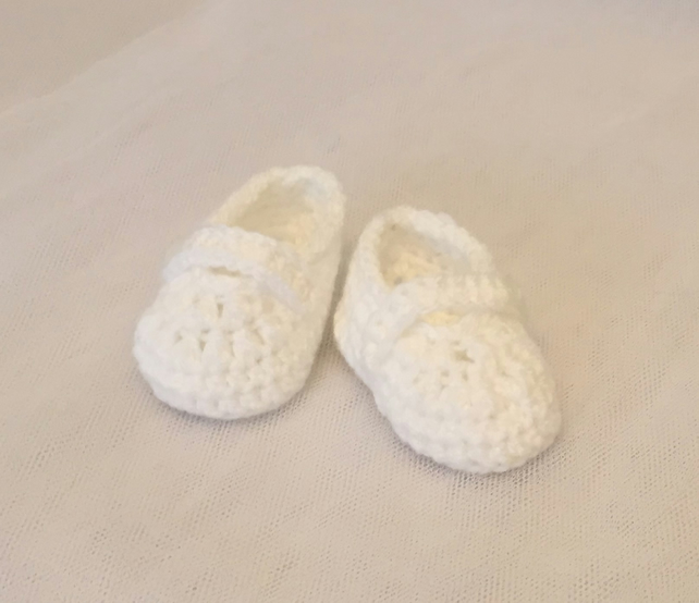 hand crochet baby mary jane shoes