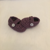 hand made crochet baby maryjane shoes