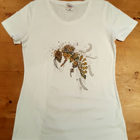 XL (14-16 GB) (12-14 USA) Womens T shirt with Bee print on the front