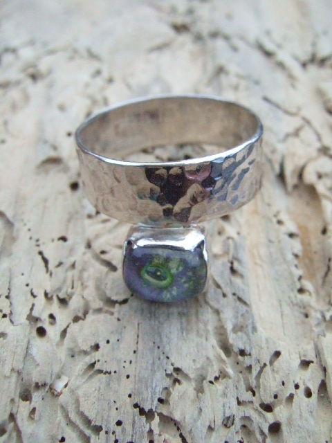 Sterling Silver Hammered Band Ring with Glass Cabachon