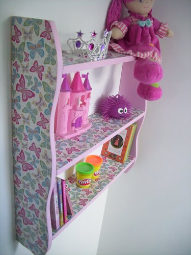 LARGE 70CM GIRLS BEDROOM `BUTTERFLY` SHELVES, SHELVING UNIT, TOY STORAGE.