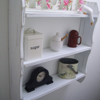 LARGE 70CM SHABBY WHITE KITCHEN SHELVES, BEDROOM SHELVES, SHELVING UNIT.