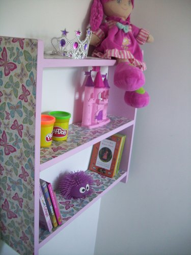 LARGE 60CM GIRLS BEDROOM `BUTTERFLY` SHELVES, SHELVING UNIT, TOY STORAGE.