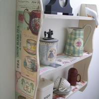 LARGE 70CM H VINTAGE SHABBY CREAM `TEA TIME` SHELVES, SHELVING UNIT.