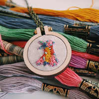 Wales pattern embroidered necklace
