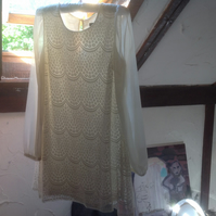 Pre loved lace tunic dress