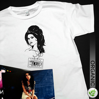 Music Legends: Amy Winehouse UNISEX T Shirt