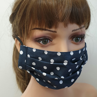 Reusable dotted face mask