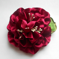 Large flower fascinator hair clip