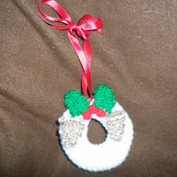 little knitted wreath decoration