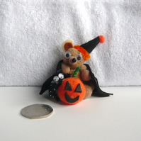 HALLOWEEN Teddy With Pumpkin And Spider.
