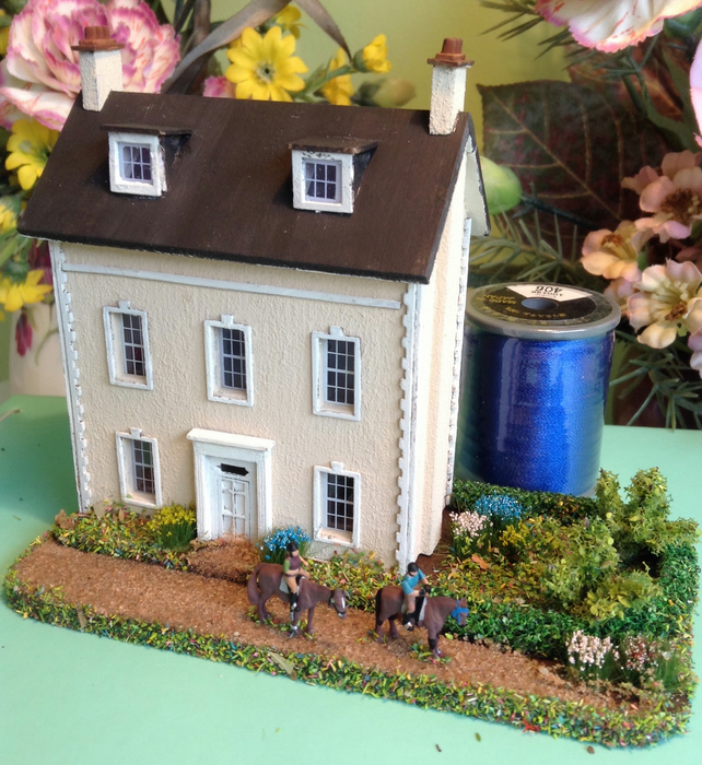 144th, dolls house, micro, miniature, mansion, with added horse riding figures