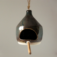 Stoneware bird feeder 1