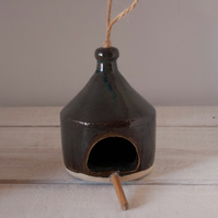 Stoneware bird feeder (4)