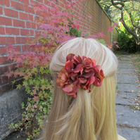 Fascinator, Autumn headpiece, vintage wedding hair clip, mother of bride