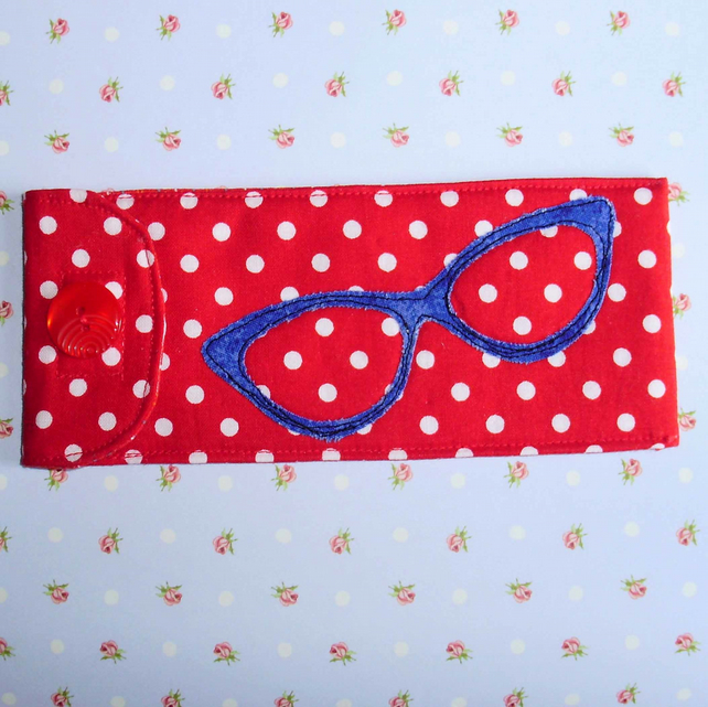 Glasses case - red and blue