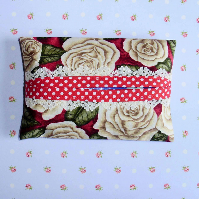 Pocket tissue holders - white roses