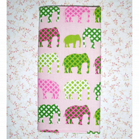 Address book - Elephants pink and green