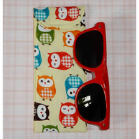 Glasses case - Owls yellow