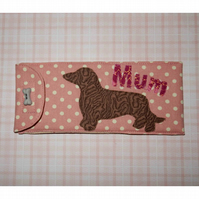 Glasses case - Mum and Dachshund