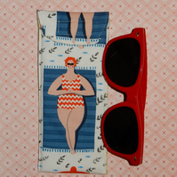 Sunglasses case - beach babe