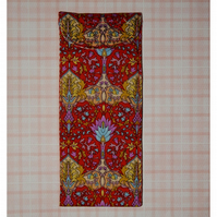 Glasses case - Red traditional print