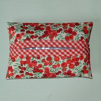 Tissue holder Liberty print red