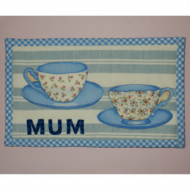 Mug Rug Mum and teacups blue