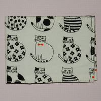 Travel card wallet Black and white cats