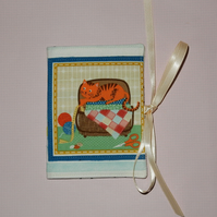 Needle case - Ginger cat and sewing basket