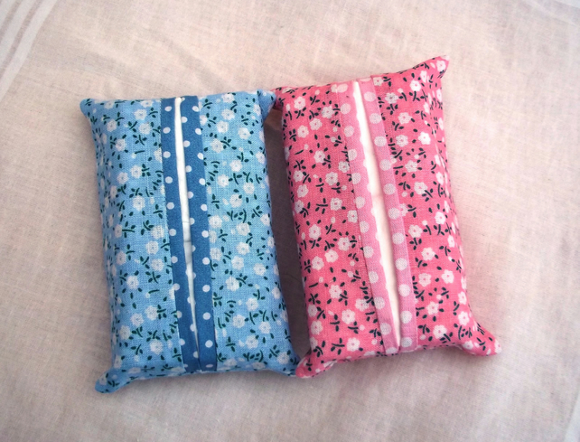 Pair of pocket tissue holders