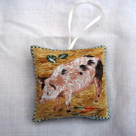 Fabric Hanging Lavender bag.