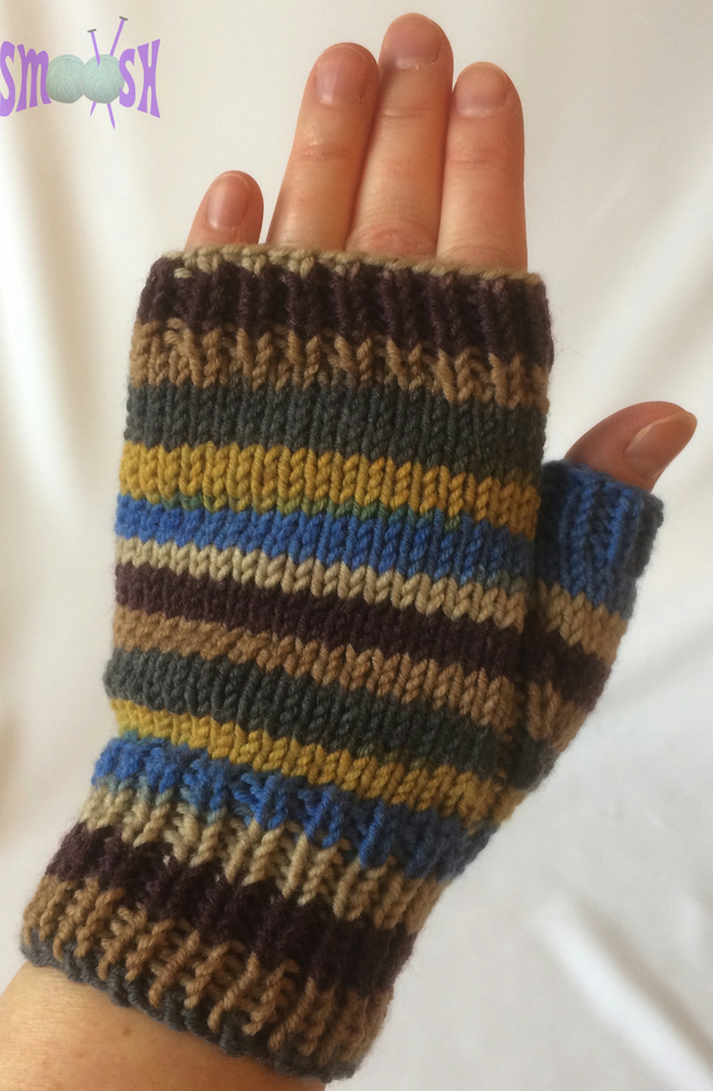 Fingerless Mitts: Autumn Stripe
