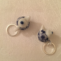 A Delightful Pair of Ceramic Teapot Stitch Marker