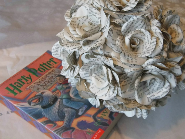12 x harry potter book page paper flower roses folksy 12 x harry potter book page paper flower roses dozen handmade paper flowers mightylinksfo