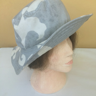 Woman's sun hat or gardening hat