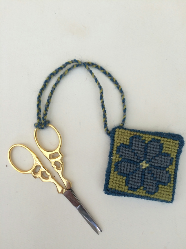 Scissor keeper with embroidery scissors